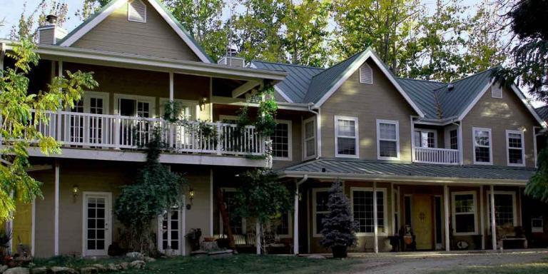Debbie Reynolds Estate. (A brief family history)